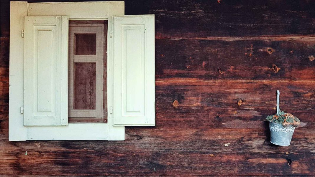 Tips-to-Paint-Your-Wood-Paneling-Without-Difficulty-on-nextreading